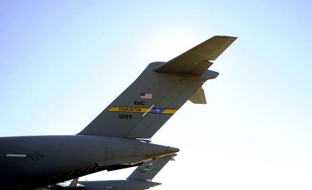 Yhdysvaltojen armeija vahvistaa, että venäläiskonetta varoitettiin useita kertoja ennen sen alasampumista.