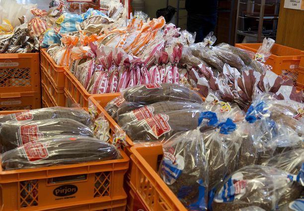Leivän osuus lahjoitettavista elintarvikkeista on suhteessa kasvanut, mutta se ei välttämättä kelpaa kaikille, sillä suomalaiset haluavat leipänsä tuoreena.