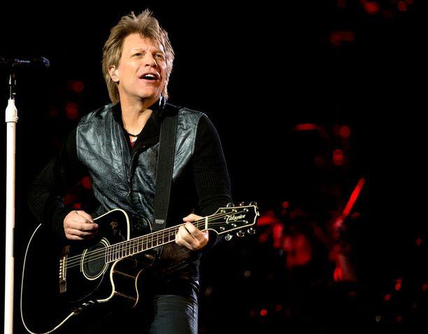 Jon Bon Jovi on kiistänyt väitteet pahoista riidoista.
