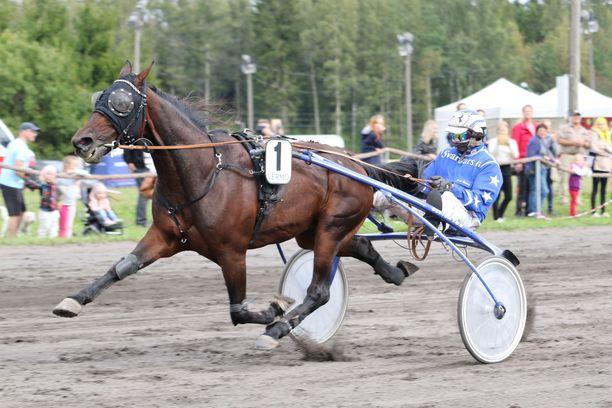 Archie Ride tienasi Suomessa lähes 150 000 euroa. Huippuvuonna 2010 se juoksi reilut 56 000 euroa.