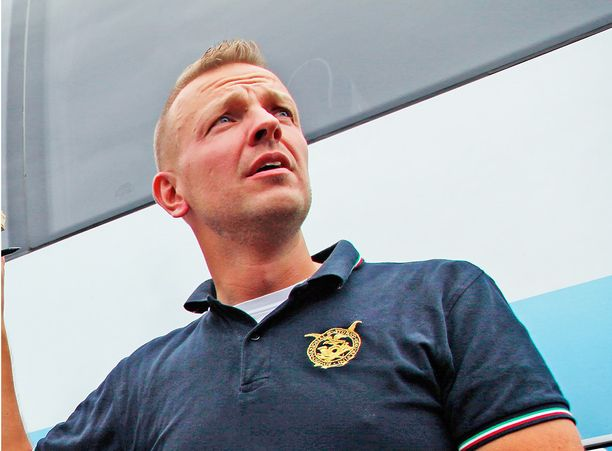 Arto Pulkki oli erityisesti aseasioiden asiantuntija.