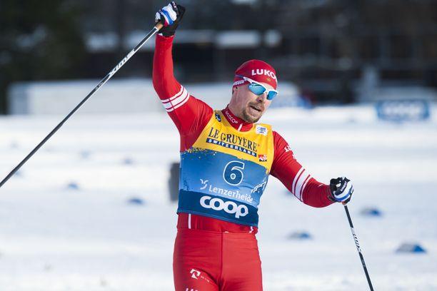 Sergei Ustjugov tuuletti Tour de Skin etapin 1/7 voittoa lauantaina Sveitsissä.