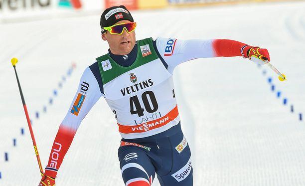 Niklas Dyrhaug taisteli maaliin Holmenkollenilla. Kuva Lahden maailmancupista.