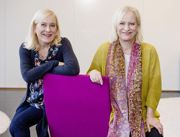 Tiina ja Sinikka Nopola kuuluvat Suomen tunnetuimpiin ja rakastetuimpiin kirjailijoihin.