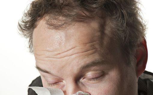 Tiesitkö, että nenäliinat kuuluvat sekajätteeseen?  Näin kierrätät roskat korona-aikana