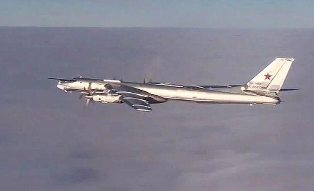 Tu-95 -pommikone.
