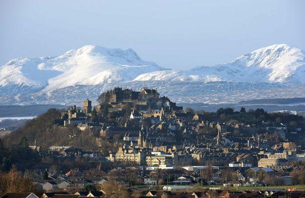 Stirlingin linna on kokenut raskaan piirityksen, johon liittyy surullinen tarina vaalenpunapukuisesta naisesta.