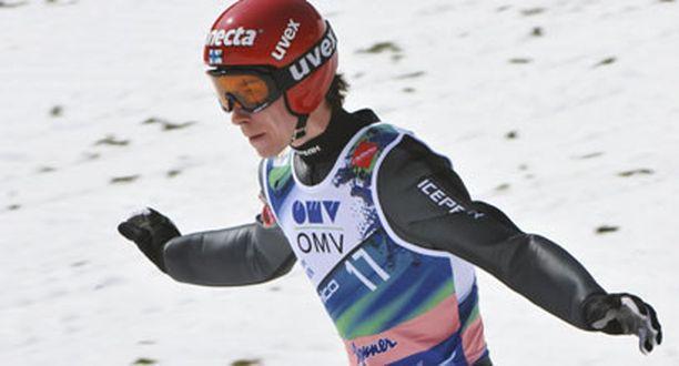 Janne Happosen uran päätös ei häämötä vielä.