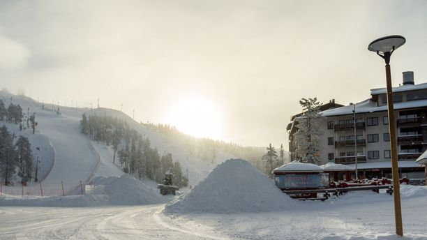 Itä- ja Pohjois-Suomessa on jo valmiiksi täysi talvi. Kuva on Rukalta vuodelta 2016.