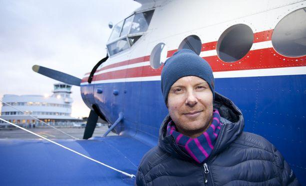 Mikko Ilonen ei halua odotella turhia lentokentillä.
