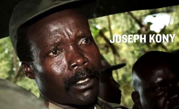 Joseph Kony on paennut Ugandasta ja hänen uskotaan piilottelevan naapurivaltioiden syrjäseuduilla LRA-sissiensä kanssa.