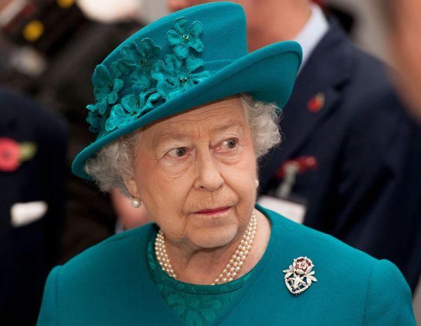 Kuningatar Elisabetin ja miniän välit eivät olleet erityisen lämpimät.