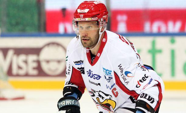 Markus Kankaanperä sai pelirangaistuksen Oulussa.
