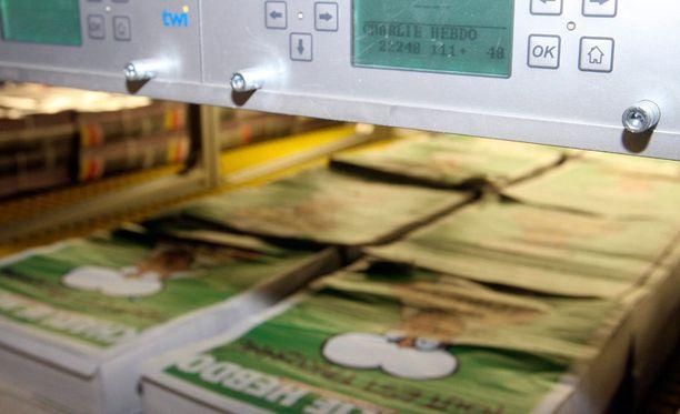 Iskujen jälkeen satiirilehden 60 000 painoksen levikki kasvoi liki 8 miljoonaan.