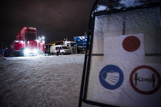 Tour de Skiltä maanantaina Suomeen palaavat hiihtäjät joutunevat 72 tunnin karanteeniin. Vantaan Suomen cup jäänee väliin.