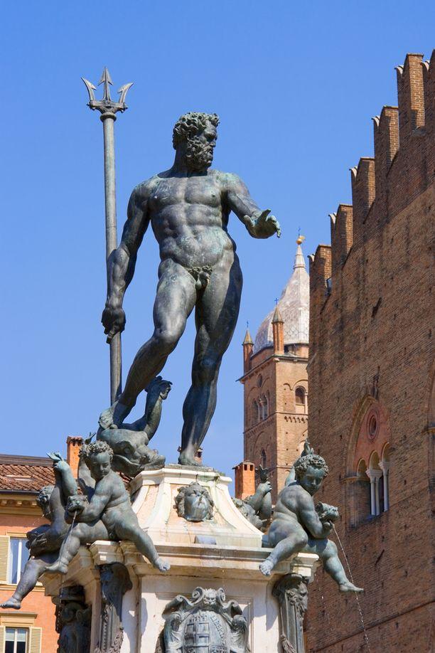 Vuonna 1565 valmistunut Neptunuksen patsas on yksi Bolognan nähtävyyksistä.