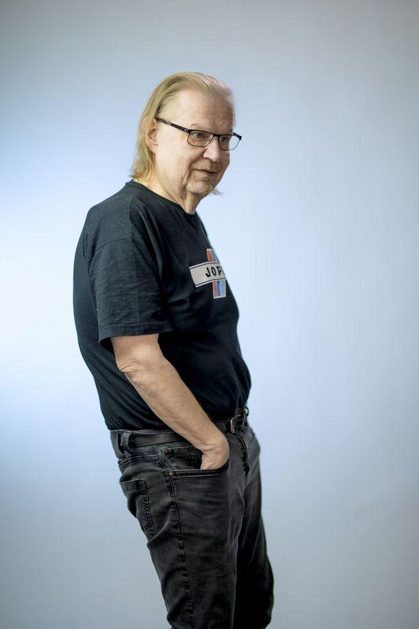 Olen suomalainen -elokuva kosketti Jope Ruonansuuta.