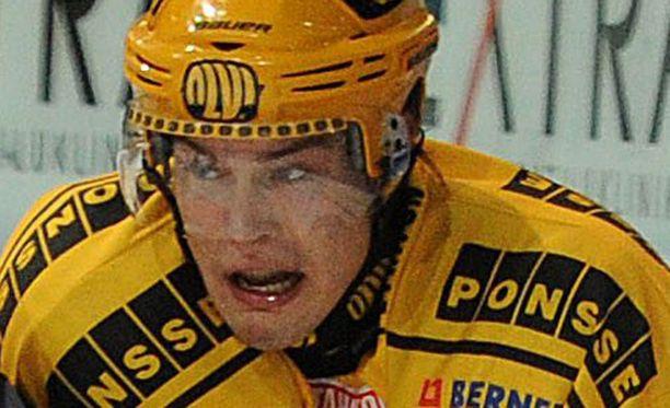 Tapio Laakso ampui voittomaalin.