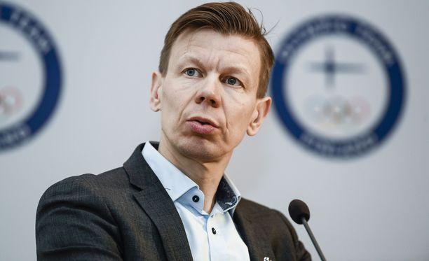 Olympiakomitean toimitusjohtaja Mikko Salonen ei hyväksy Eusan toimintaa.