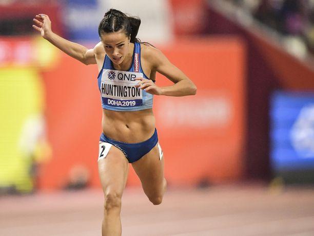 Maria Huntingtonin henkilökohtainen ennätys 100 metri aidoissa on 13,09. Kuva viime vuoden Dohan kisoista.