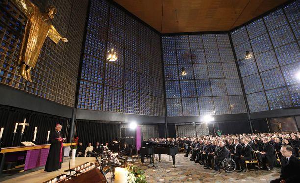 Muistojumalanpalvelus järjestettiin Keisari Vilhelmin muistokirkossa Berliinissä.