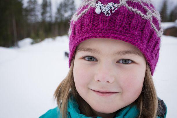 Anetten sairaus huomattiin puolen vuoden iässä ja diagnoosi harvinaisesta HIDS-oireyhtymästä tehtii nopeasti. Hän on toinen Suomessa tätä oireyhtymää sairastava.