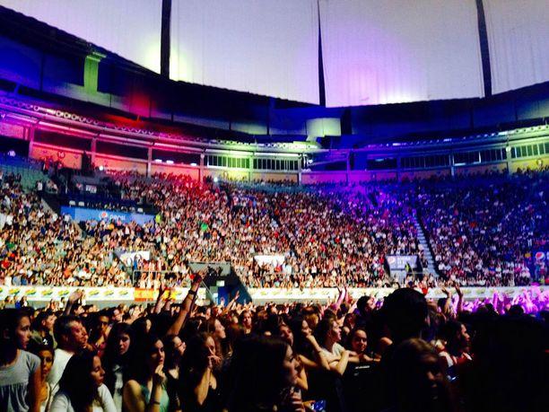 Benjamin esiintyi viikonloppuna Espanjassa tuhansien ihmisten edessä.