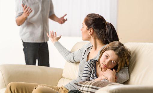 Lasta ei saisi kääntää toista vanhempaa vastaan.