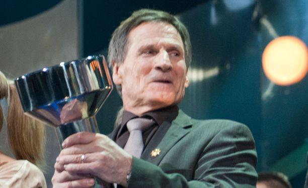 Kaarlo Kangasniemi nimettiin urheilun Hall of Fameen vuonna 2012.