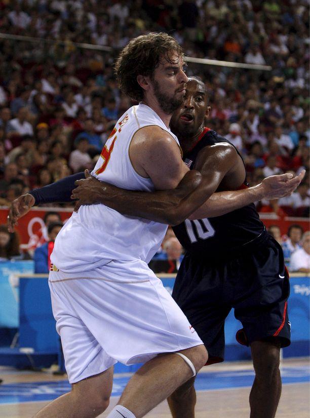 Kobe Bryant ja Pau Gasol kohtasivat 2008 olympiafinaalissa. USA voitti kultaa pistein 118-107.