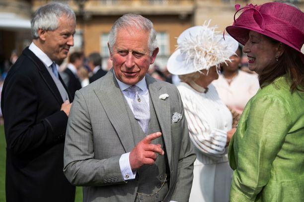 Prinssi Charles on viimein päässyt tapaamaan vastasyntyneen pojanpoikansa.