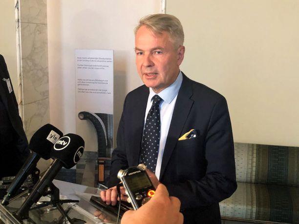 Pekka Haaviston mielestä olisi parasta, että al-Holin suomalaisorvot tuodaan mahdollisimman pian Suomeen.