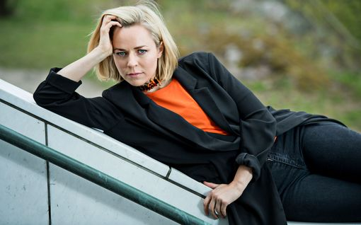 """Paula Vesala avautuu tapahtuma-alan ahdingosta – muut artistit komppaavat: """"Poliitikot ei noteeraa tätä alkuunkaan"""""""