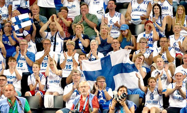 Suomen lippu virallistettiin 29.5.1918.