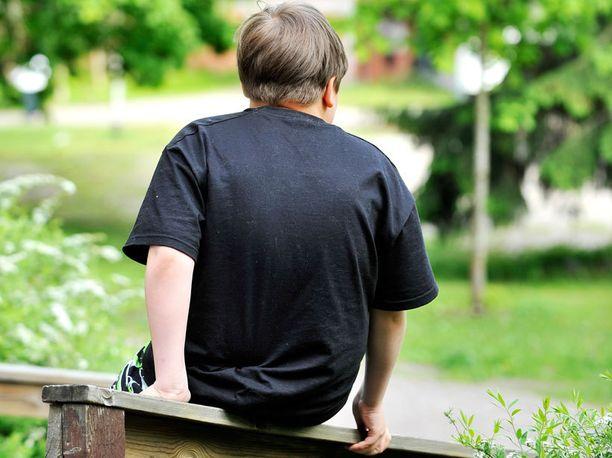 Henkistä pahoinpitelyä ovat esimerkiksi lapsen vähättely ja laiminlyöminen.
