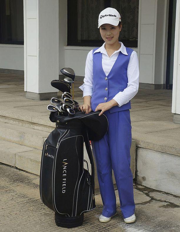 Golf-eleganssia pohjoiskorealaiseen tyyliin.