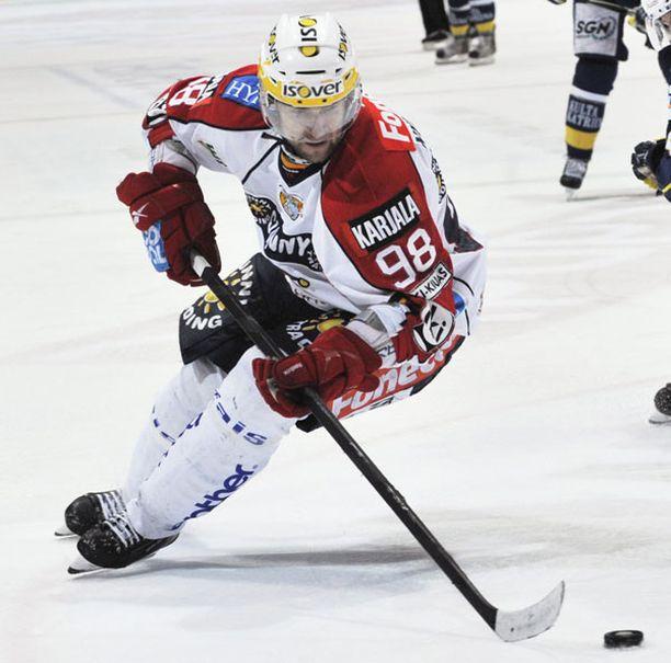 Ruotsin päävalmentajan mukaan Michael Nylander onnistui Suomessa.