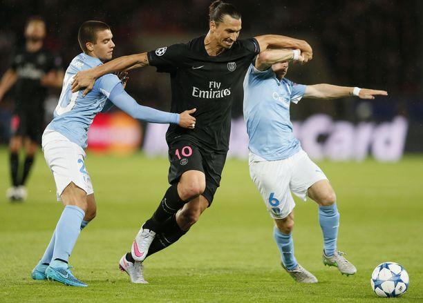 PSG:n Zlatan Ibrahimovic kiusasi kasvattajaseuraansa Malmöä Taivaansinisten edellisen Mestarien liiga -syksyn aikana vuonna 2015.