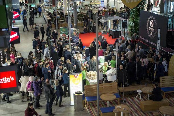 Tapahtuma järjestettiin Kauppakeskus Sellossa Espoossa.