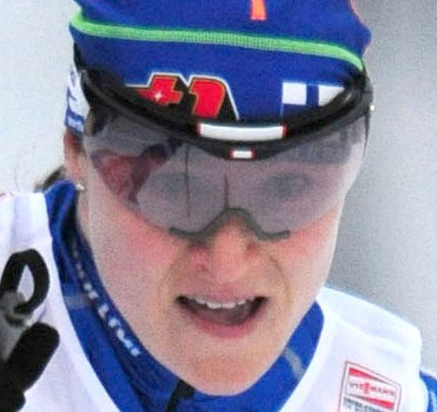Aino-Kaisa Saarinen piti Suomen naisten mainetta yllä sprinttihiihdossa Rukalla.