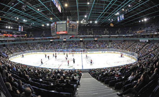 Florida Panthers ja Chicago Blackhawks avasivat kautensa Suomessa vuonna 2009.