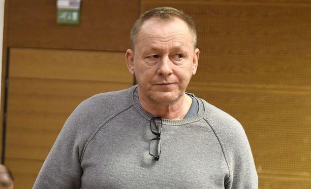 Jari Aarnion kanssa tuomittu rikollispomo Keijo Vilhunen oli tarkoitus murhata autopommilla.