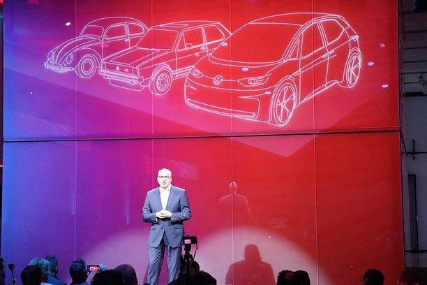 Volkswagenin johtokunnan jäsen  totesi, että ID-autoperhe kääntää Volkswagenin kolmannen sivun autoilun historiassa. Ensin oli Kupla, sitten Golf ja nyt ID.