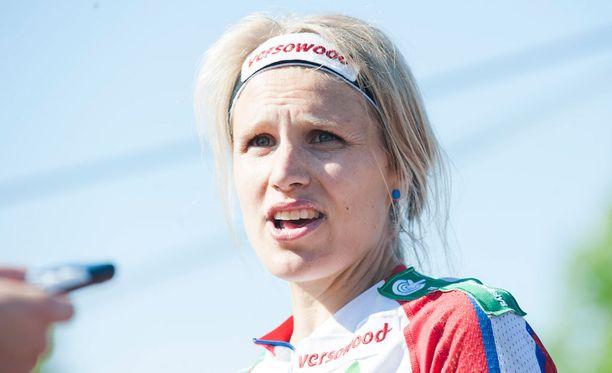 Minna Kauppi nosti esiin urheilijoiden eläkehaasteen Me Naiset -lehden haastattelussa.