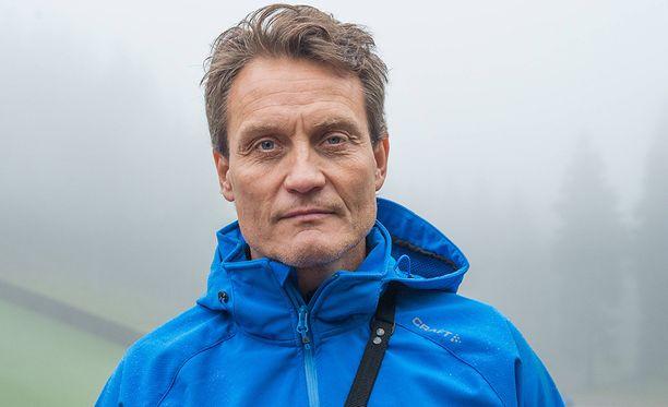 Olympiakomitean Huippu-urheiluyksikön johtaja Mika Kojonkoski on ollut rajun julkisen arvostelun kohteena.