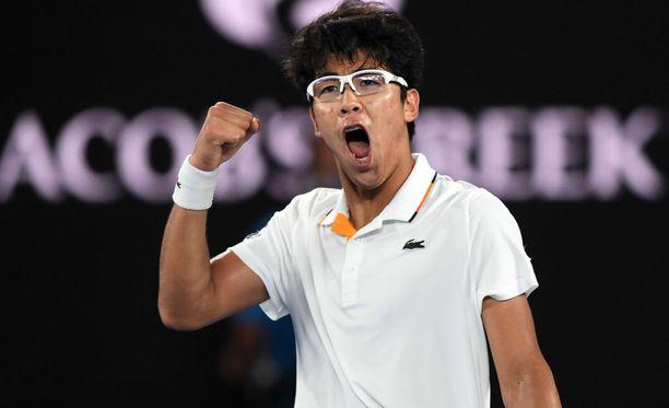 Chung Hyeon tuuletti voittoaan Novak Djokovicia vastaan.