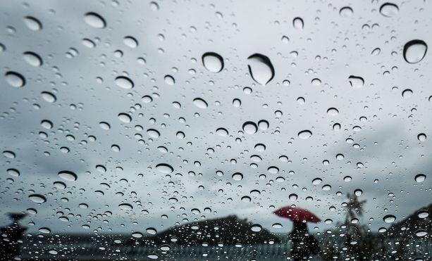 Pilvet tuovat mukanaan sadekuuroja pääkaupunkiseudulle ja Uudellemaalle.