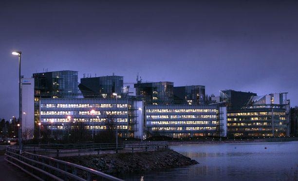 Nokia aikoo vähentää Suomessa 1400 työpaikkaa.