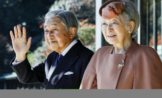 Keisari Akihito ja keisarinna Michiko.