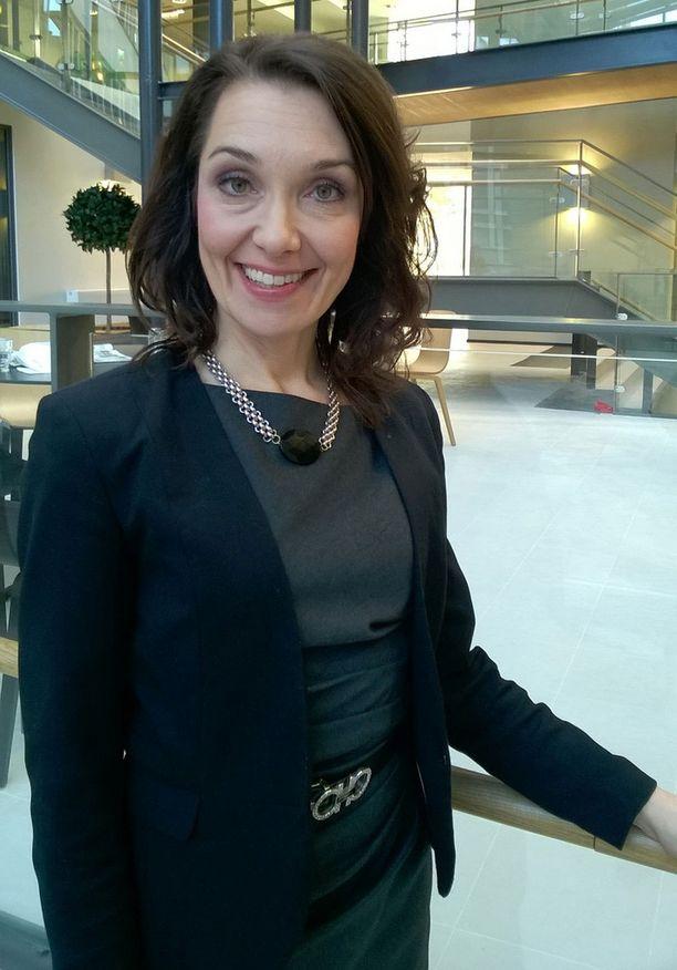 Professori Miia Kivipelto iloitsee siitä, että tutkittavat henkilöt näyttivät viihtyvän tutkimusryhmissä ja pitävän uusista elintavoistaan.